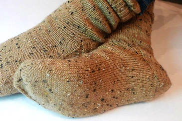 A BASIC SOCK PATTERN YOU'LL KNIT AGAIN AND AGAIN