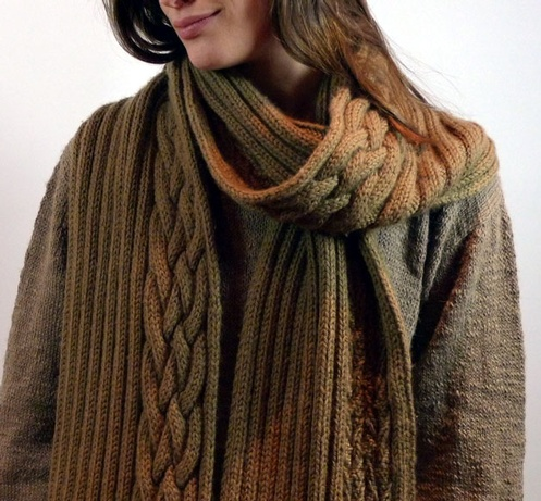 Dita Cabled Scarf